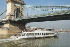 MAHART Duna Corso sétajárat - Budapesti hajós városnézés