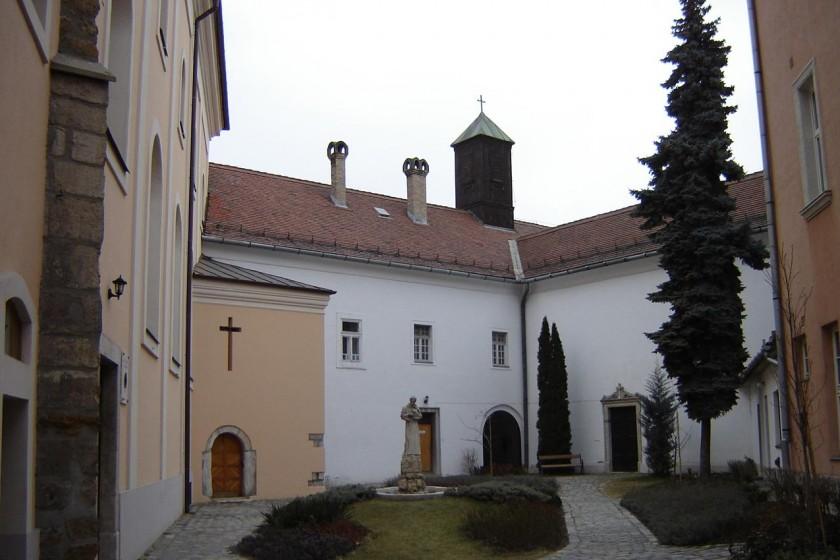 templom belső kertje