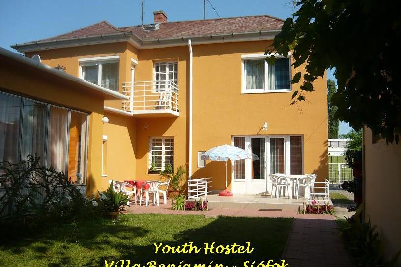 Youth Hostel Villa Benjamin