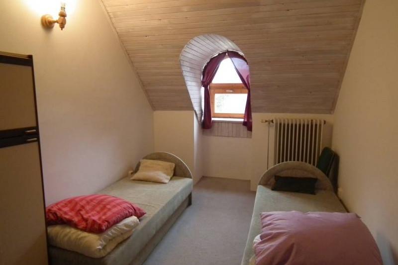 210-es szoba