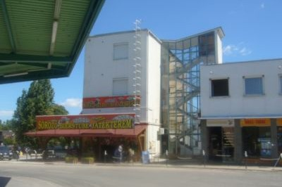 Lokomotiv Hostel