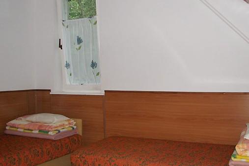Kőház szobája