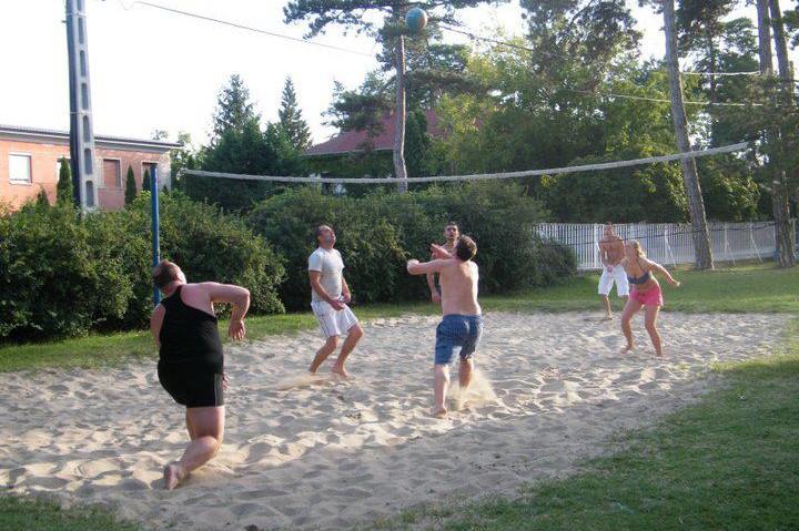 Strandröplabda pálya