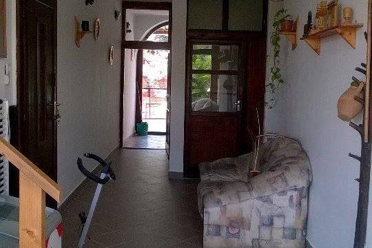 Apartmanház