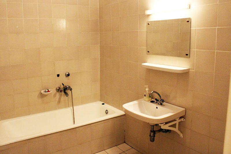 5-6 ágyas galériás szoba fürdõszoba