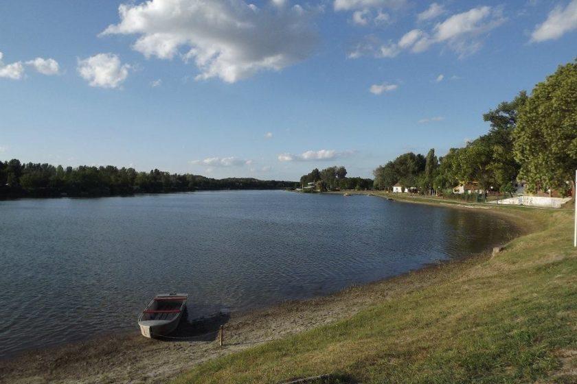 50 méternyire található Szelidi-tó
