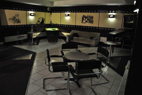 Mozi Pub