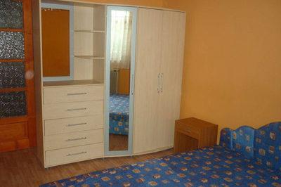 Főépület szobája