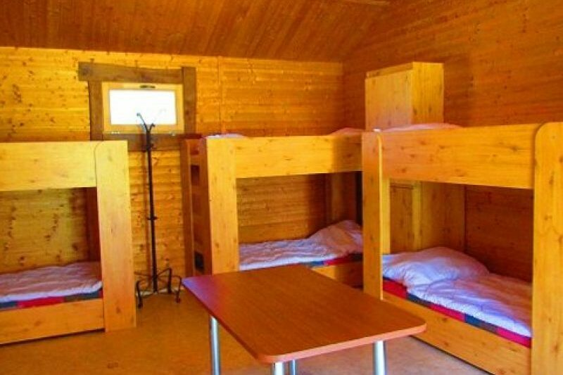 12 ágyas faház