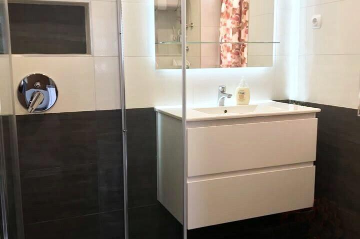 Faház fürdőszobája