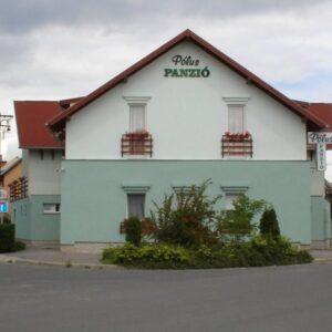 Pólus Panzió épület